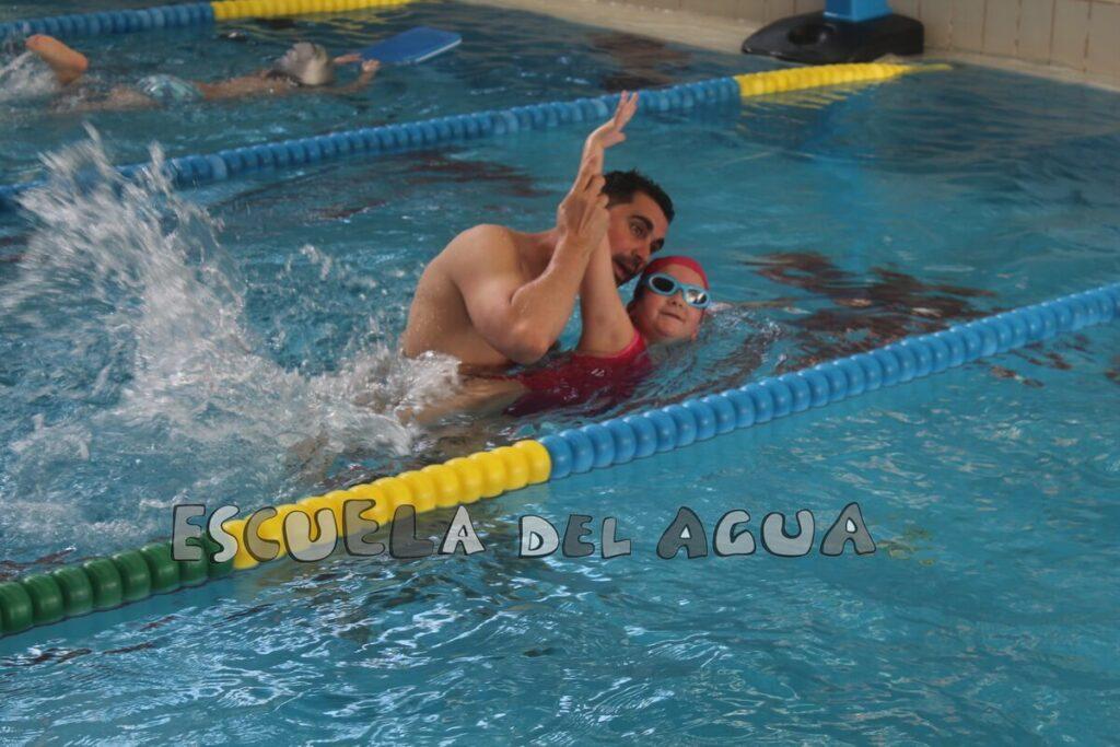 En la Escuela del Agua tenemos un curso de natación a tu medida