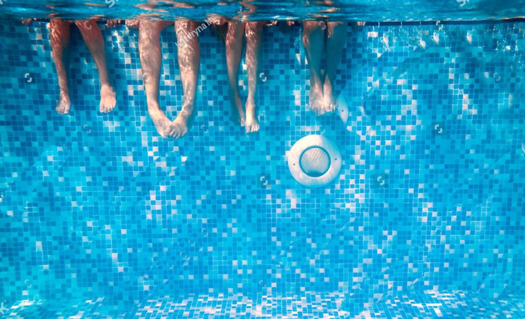 La Escuela del Agua se une a la campaña de seguridad en las piscinas privadas de la asociación española de Pediatría