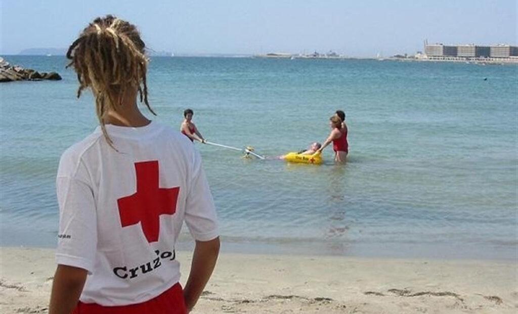 Este verano «quiérete mucho» con la Escuela del Agua y Cruz Roja