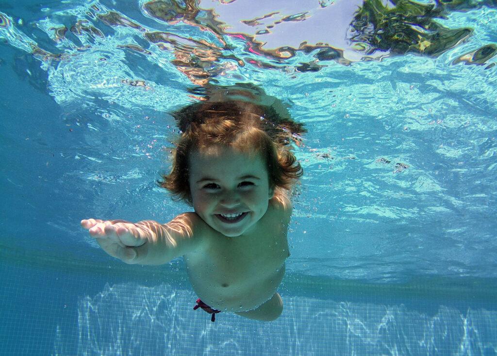 ¿Desde cuándo pueden los bebés realizar las actividades de Escuela del Agua?